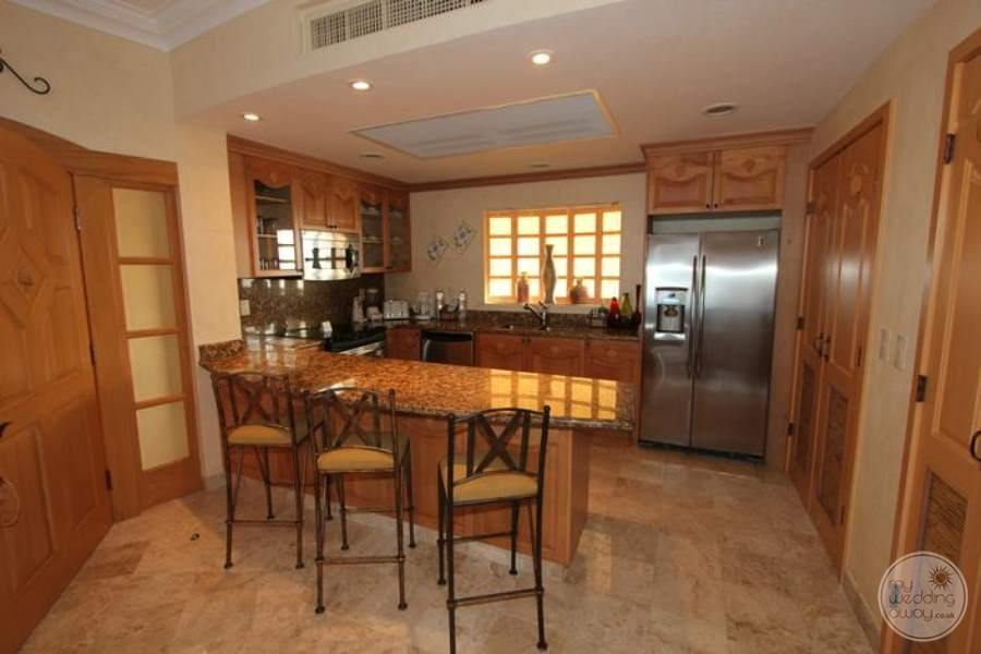 Villa del Palmar Flamingos Luxury Kitchen