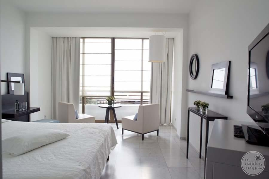 Almyra-Hotel-Guest-Room-2