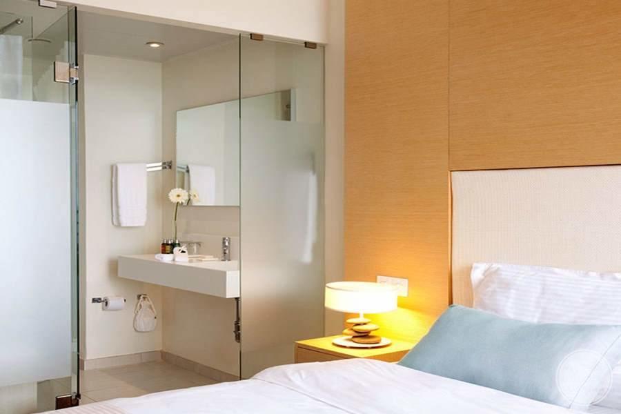 Capo Bay Room