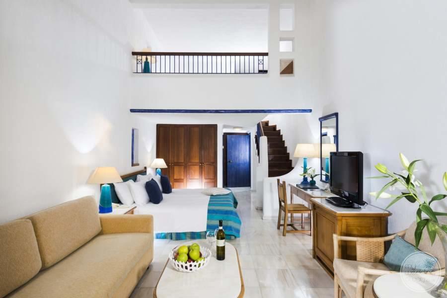 Coral Beach Room