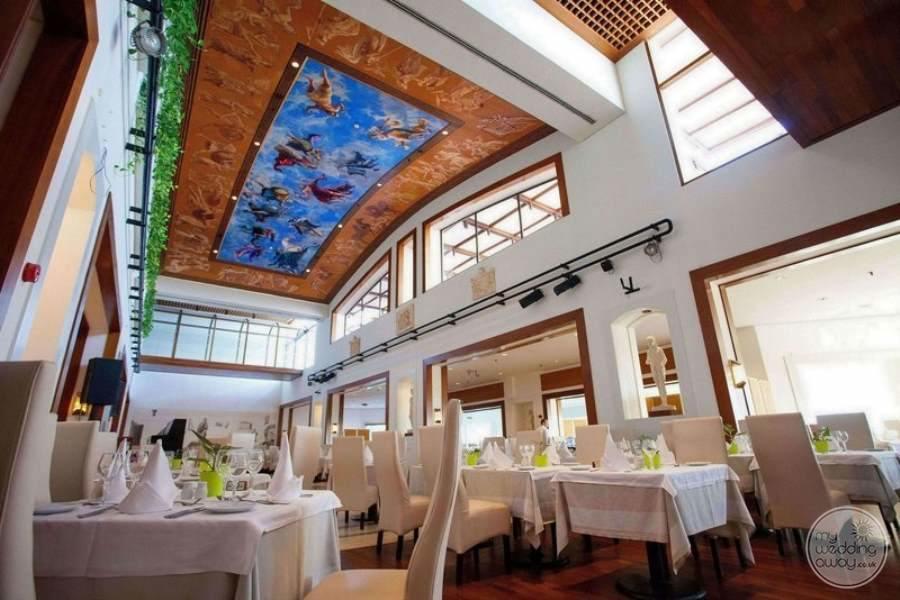 St Raphael Resort Restuarant