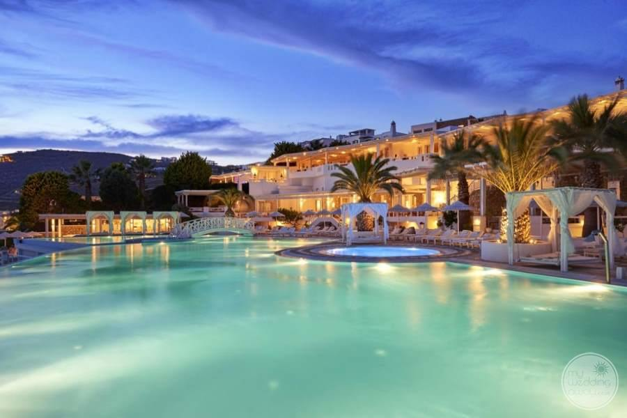 Saint John Rooms and Pool
