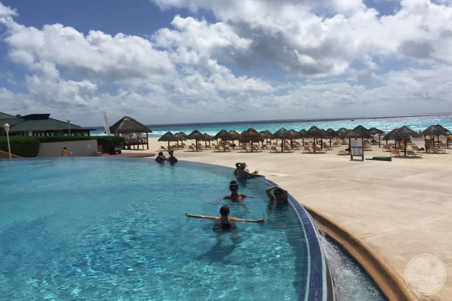 Iberostar Cancun Infinity Pool