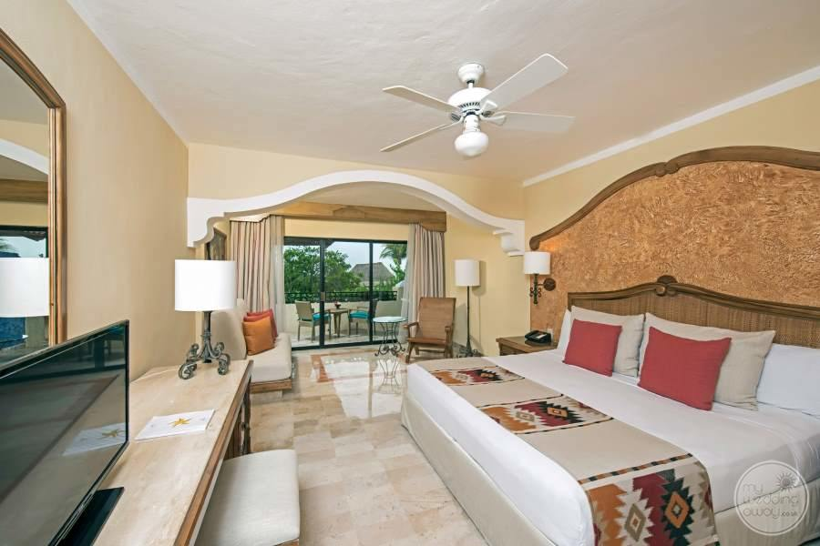 Iberostar Paraiso Beach Room with Seating