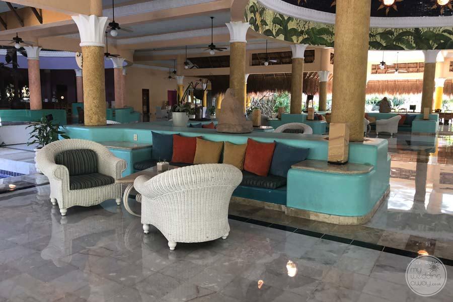 Iberostar Paraiso Del Mar Lounge Area