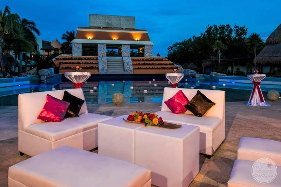 Iberostar Paraiso Del Mar Outdoor Seating