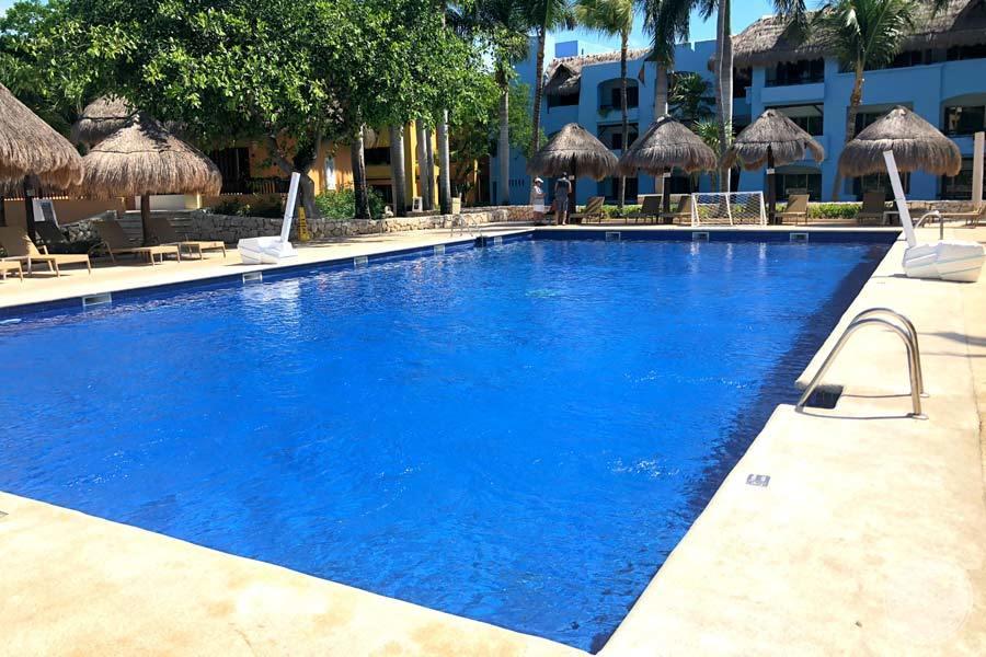 Iberostar Paraiso Maya Pool Area