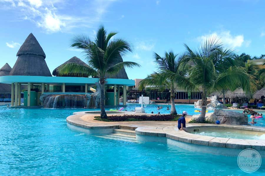 Iberostar Paraiso Maya Pool and Jacuzzi