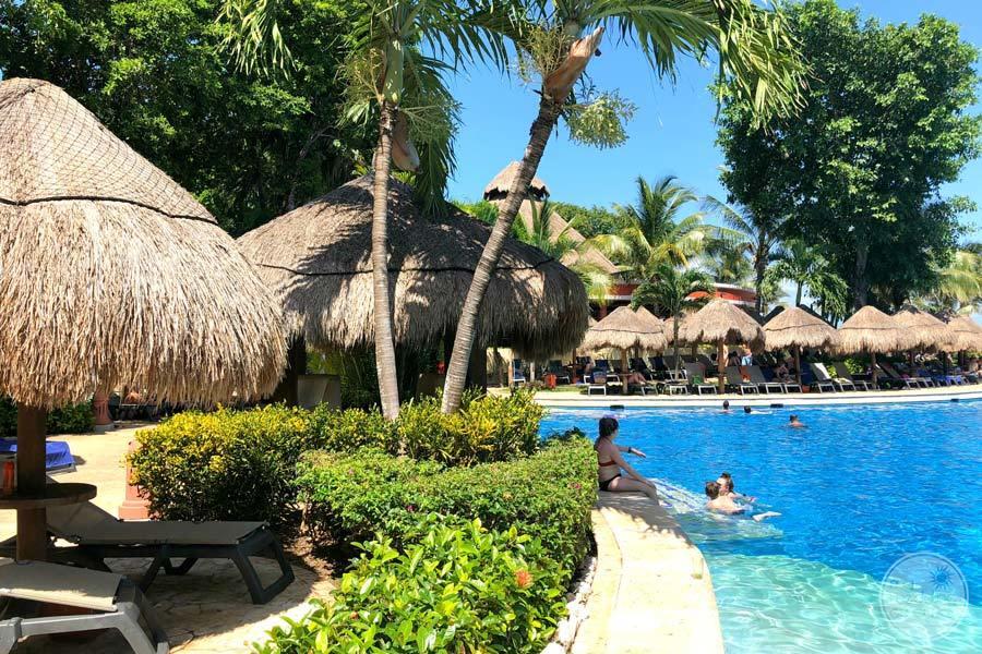 Iberostar Paraiso Maya Pool