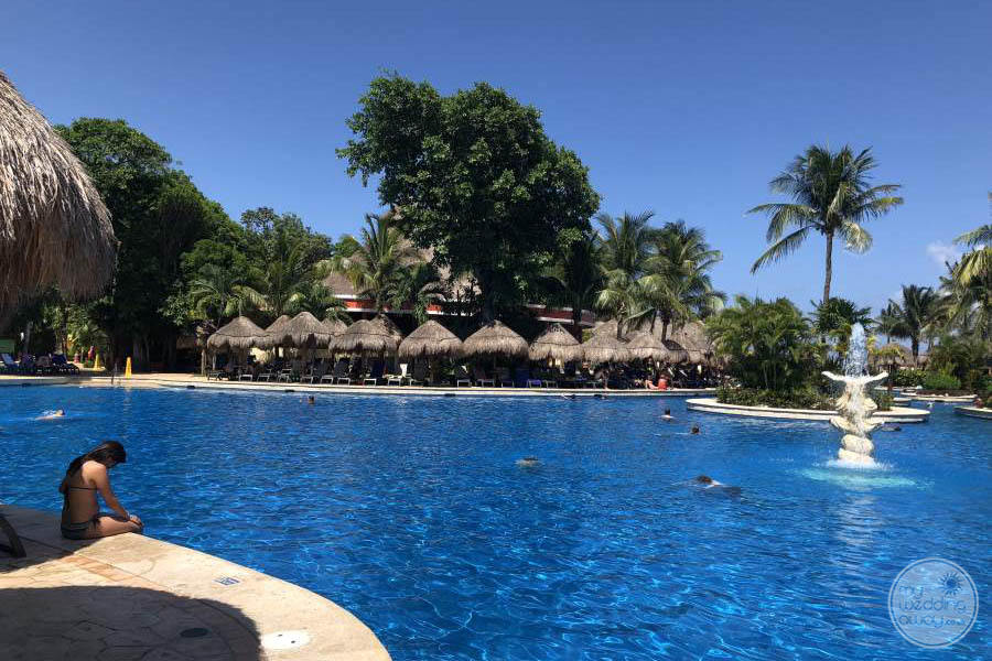 Iberostar Quetzal Pool