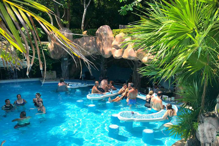 Iberostar Quetzal Swim-up-Bar