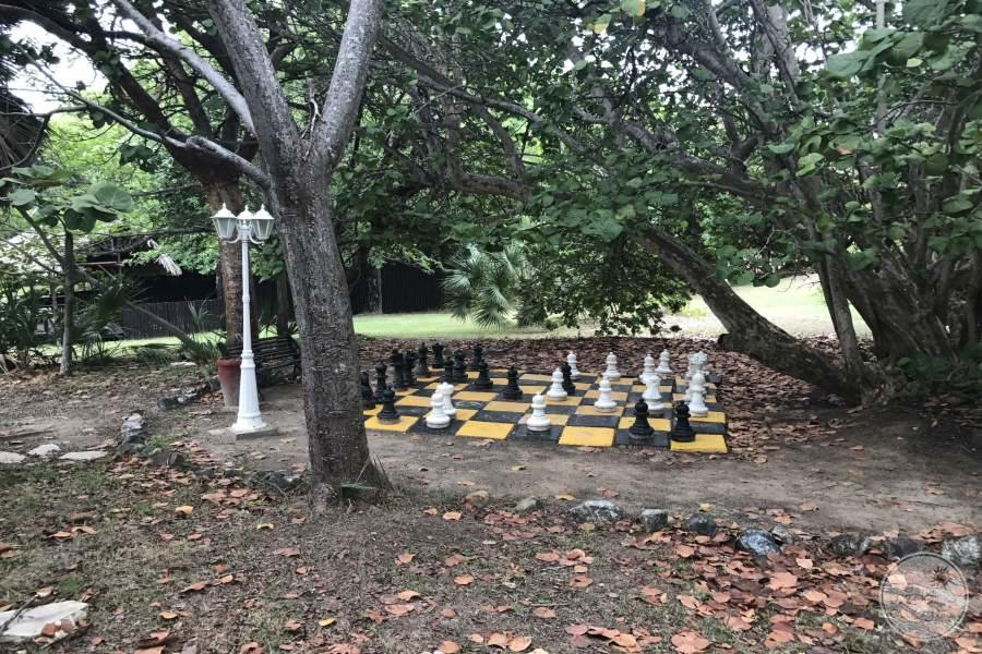Iberostar Tainos Giant Chess