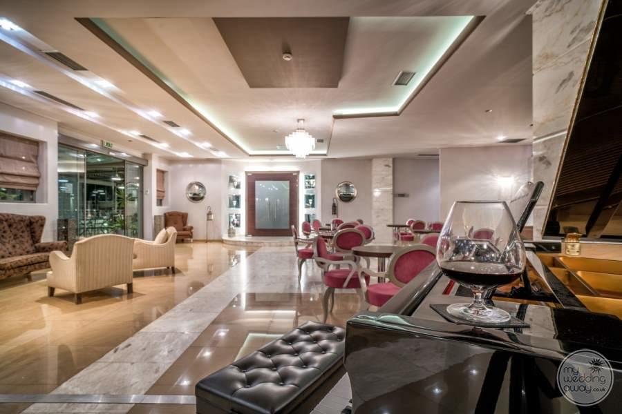 Lesante Luxury Hotel Lobby