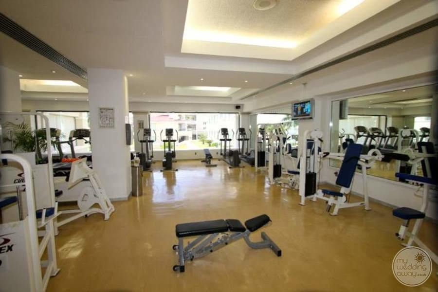Moon Palace Fitness Club