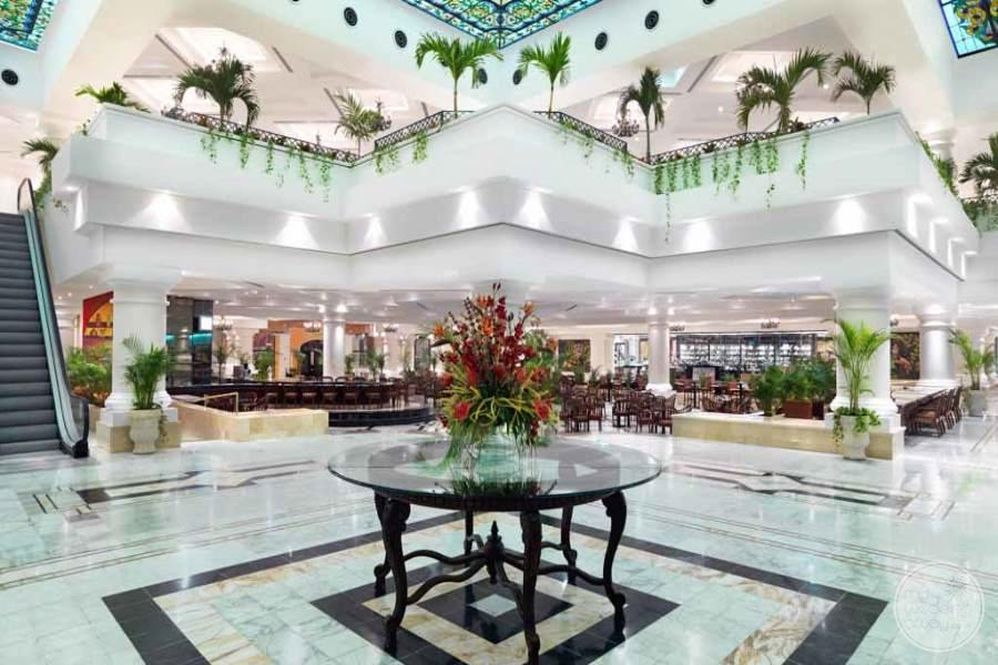Moon Palace Lobby