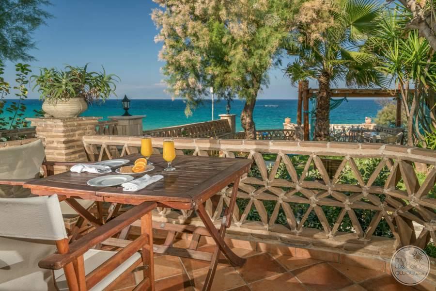 Porta Del Mar Dining
