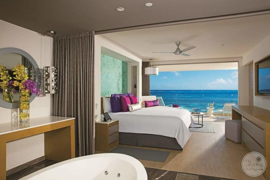 Breathless Riviera Cancun Room and Jacuzzi