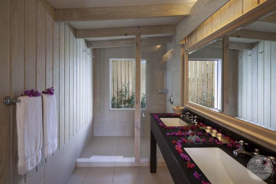 Cocobay Resort Antigua Bathroom