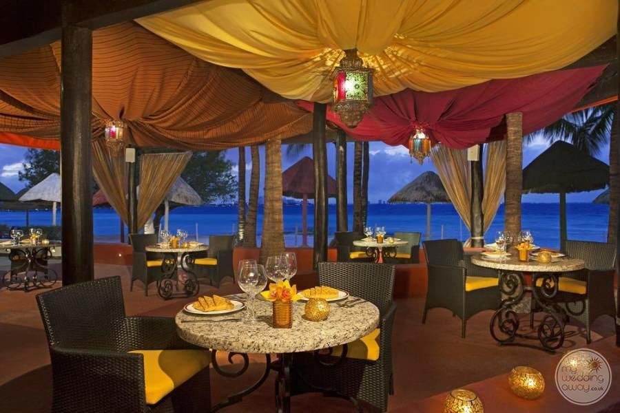 Dreams Sands Cancun Evening Dining