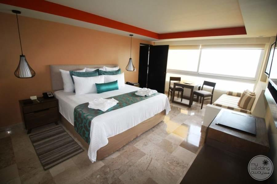 Dreams Sands Cancun Room