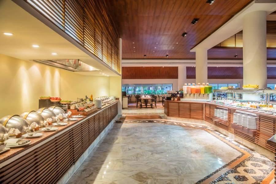 Fiesta Americana Condesa Cancun Buffet Setup