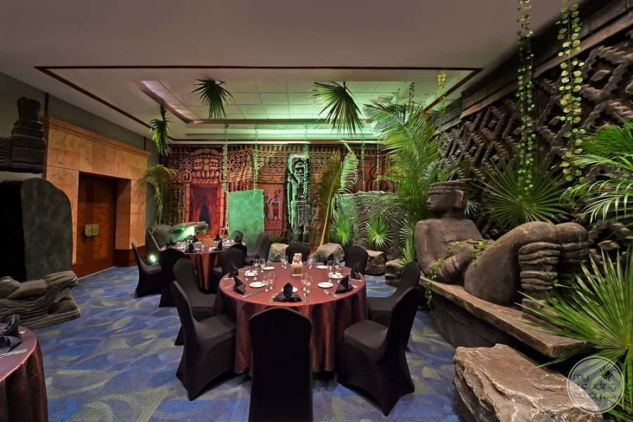Fiesta Americana Condesa Cancun Cozy Dining