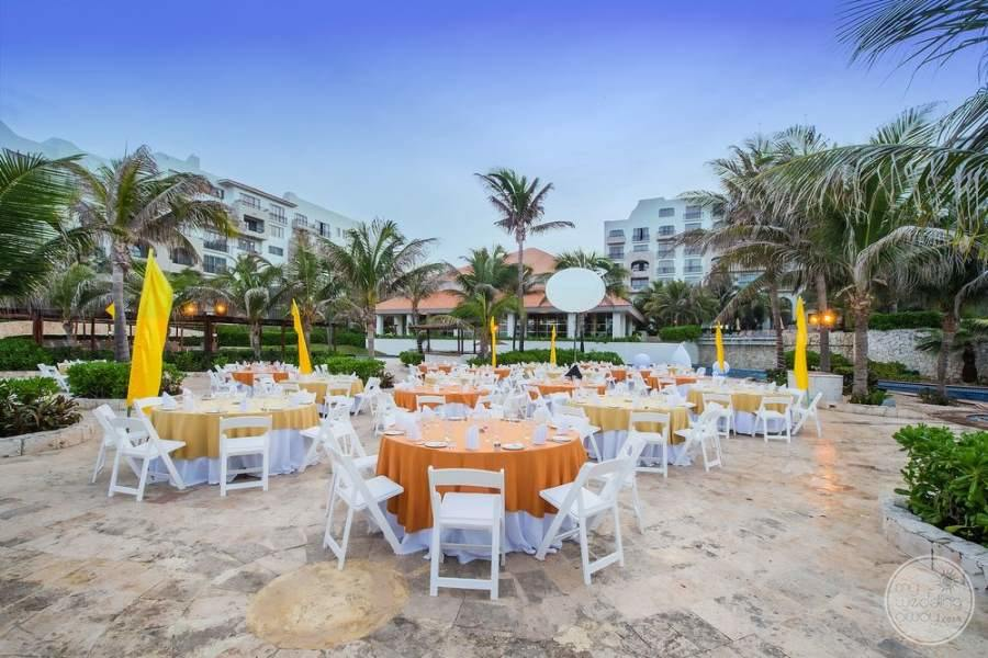 Fiesta Americana Condesa Cancun Outdoor Wedding Reception
