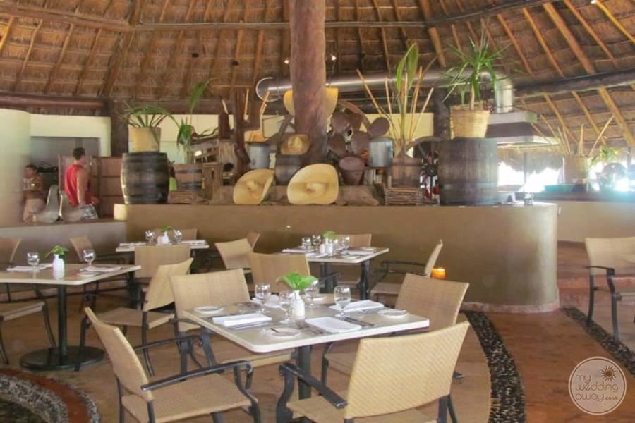 Fiesta Americana Condesa Cancun Restaurant Setup