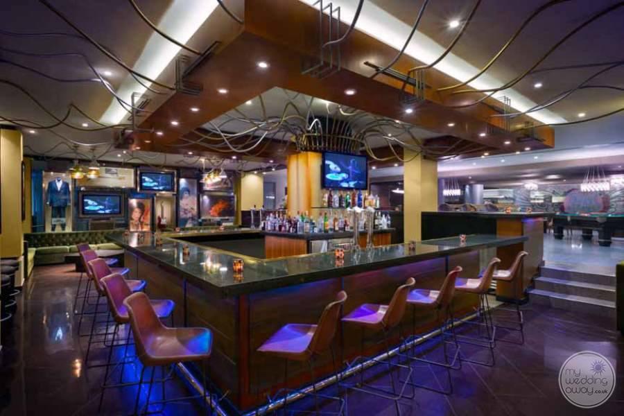 Hard Rock Hotel Cancun Bar
