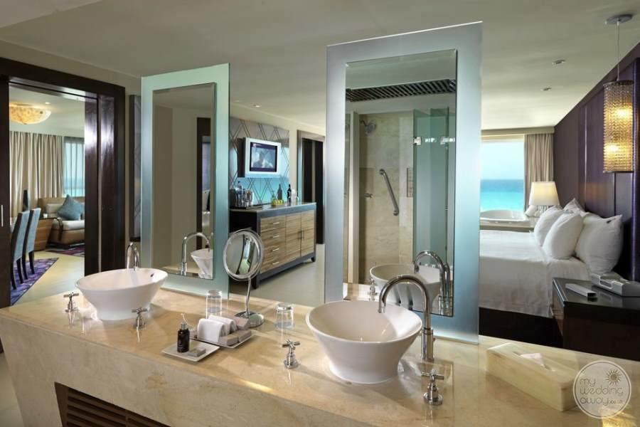 Hard Rock Hotel Cancun Bath