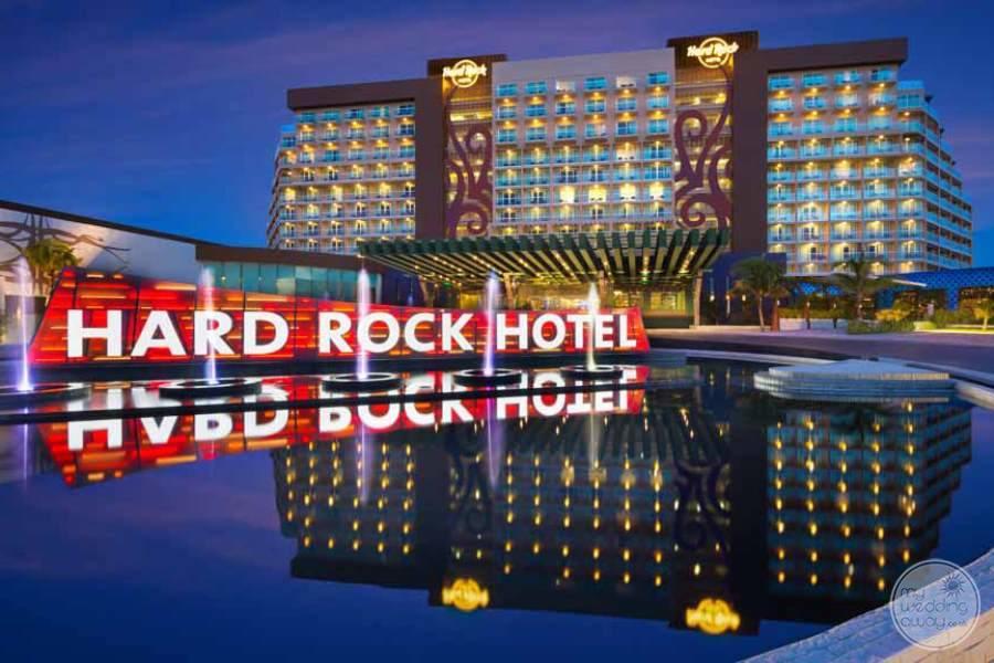 Hard Rock Hotel Cancun Entrance