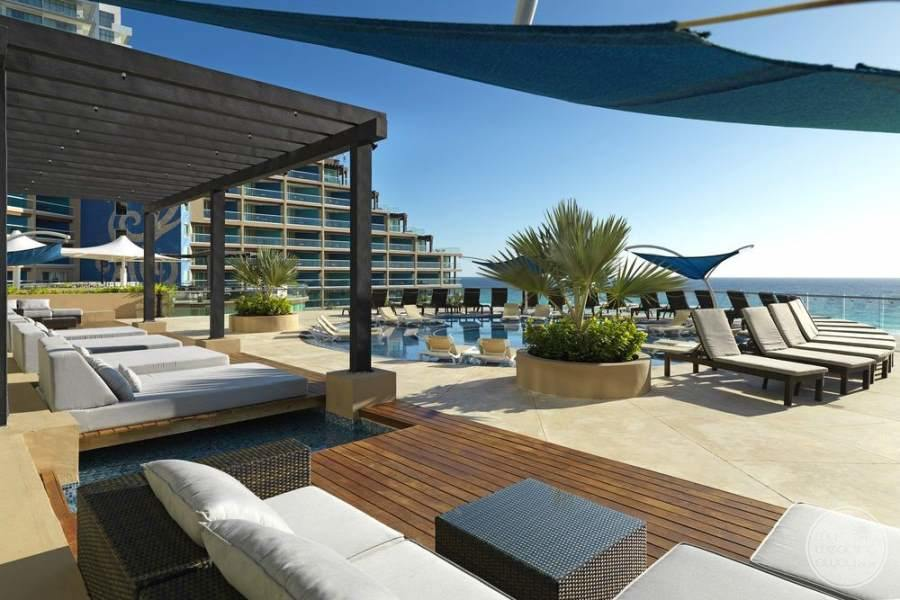Hard Rock Hotel Cancun Lounge Chairs