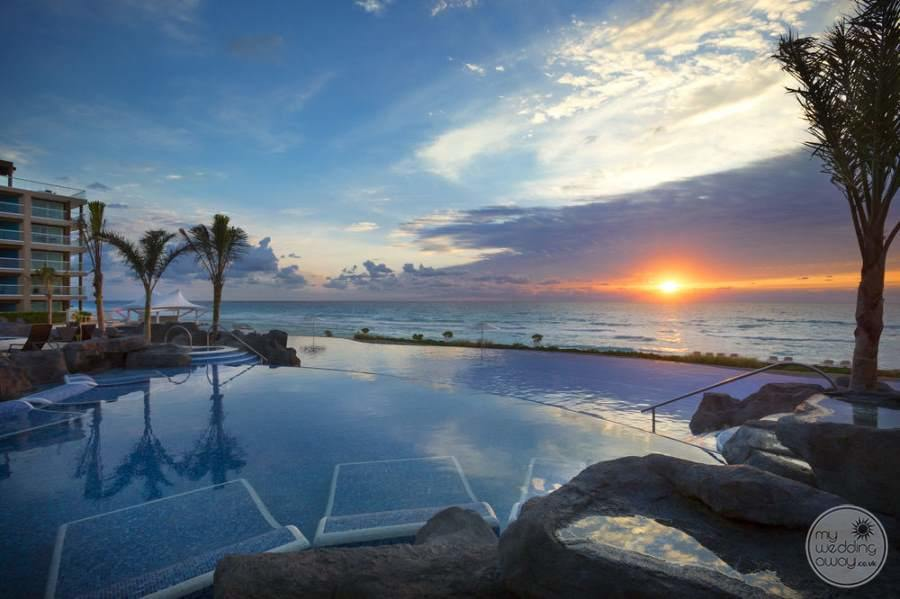 Hard Rock Hotel Cancun Pool and Oceanview
