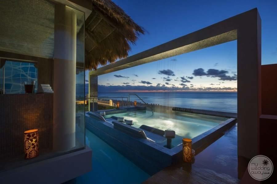 Hard Rock Hotel Cancun Pool