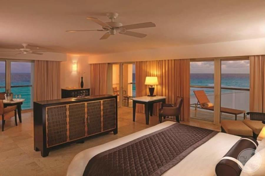 Le Blanc Cancun Luxury Room