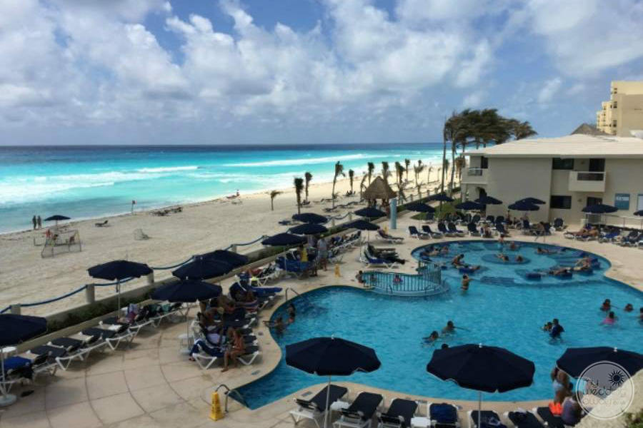 Occidental Tucancun Pool Area