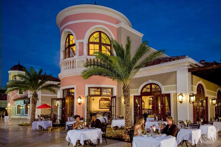 Sandals Grande Antigua Outdoor Dining