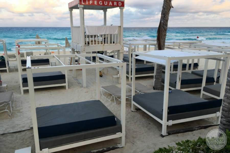 Sandos Cancun Beach Beds