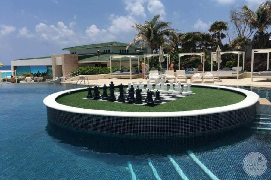 Sandos Cancun Giant Chessboard