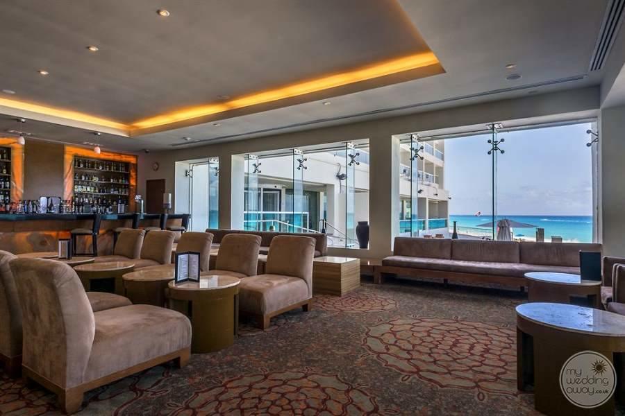 Sun Palace Cancun Bar Seating