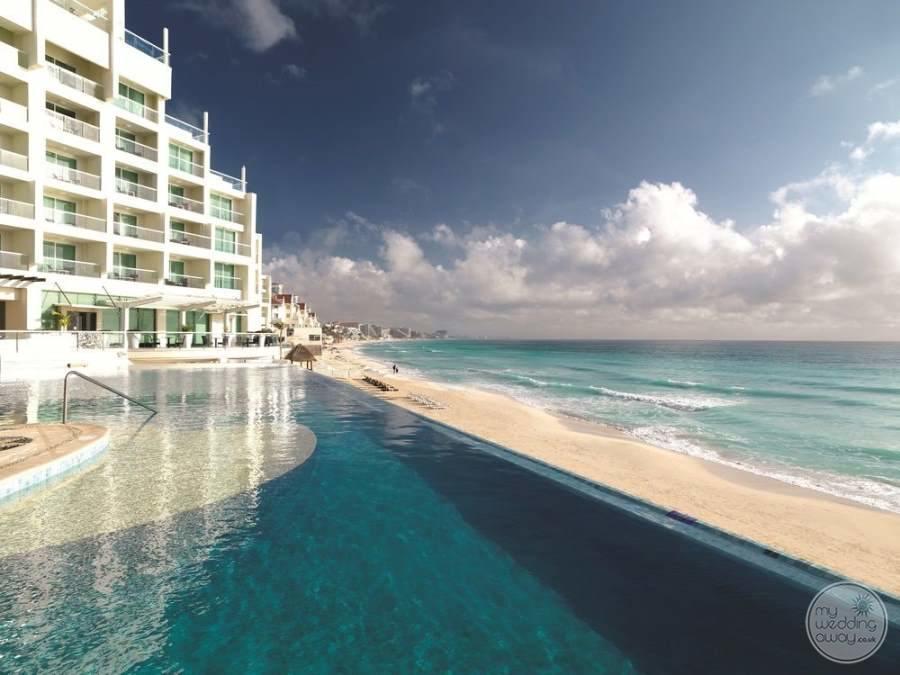 Sun Palace Cancun Infinity Pool