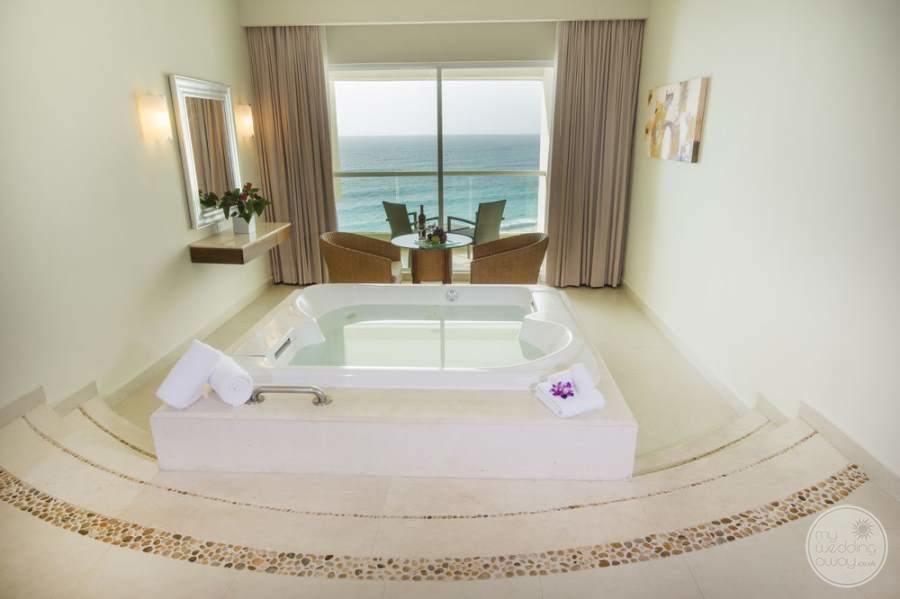 Sun Palace Cancun Jacuzzi