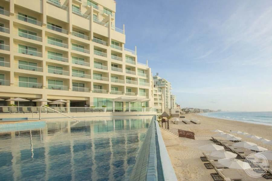 Sun Palace Cancun Pool and Rooms