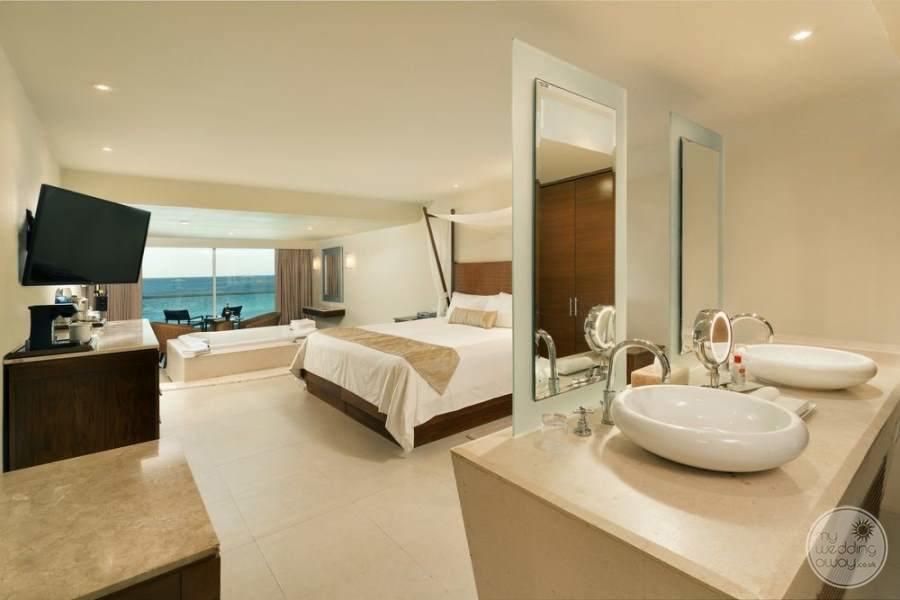 Sun Palace Cancun Room