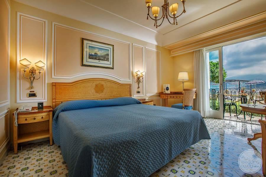 Grand Hotel Capodimonte Room