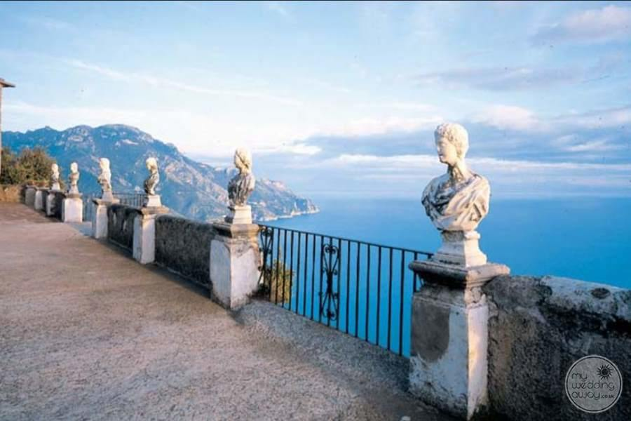 Deck Terrace with statues over looking the oceans and mountains