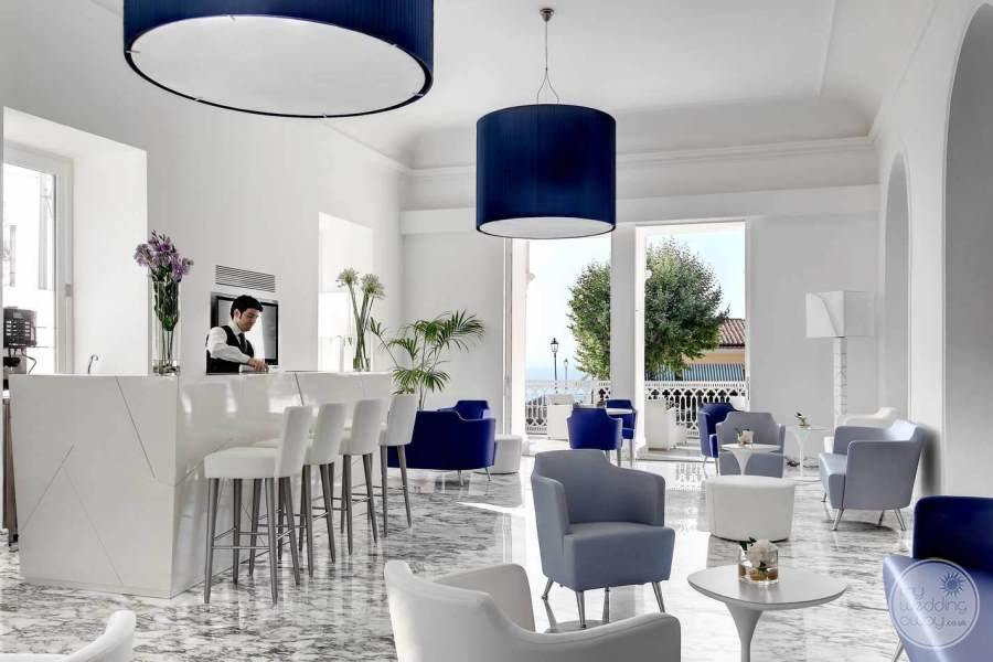Hotel Mediterraneo Bar Area