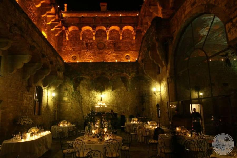 Castello Del Vincigliata Evening Courtyard Reception