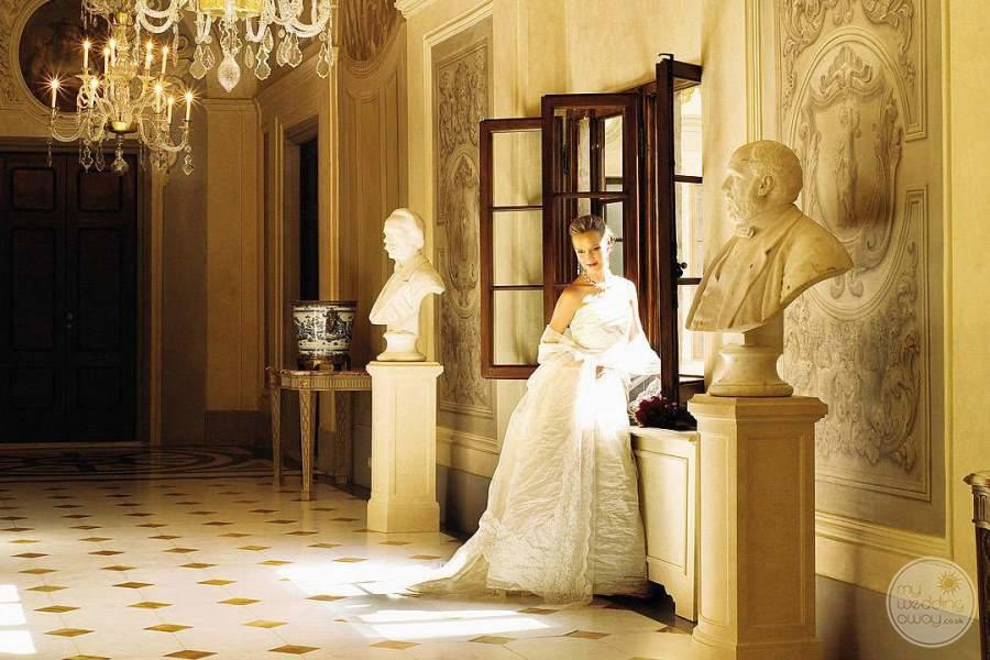 Four Seasons Florence Bride