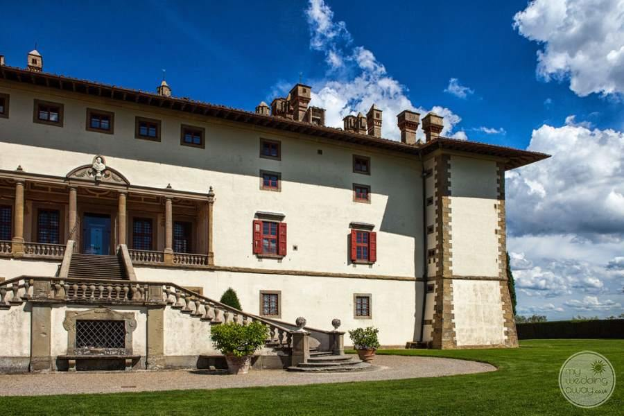 Villa Ferdinanda Entrance